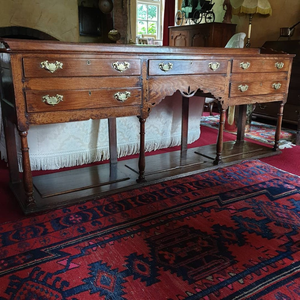 rare large swansea valley welsh low dresser with potboard c1780