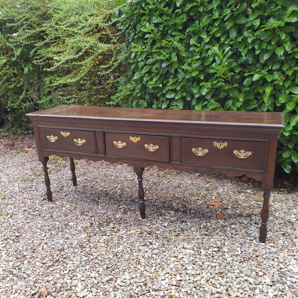a good early 18thc oak side server dresser base in superb condition